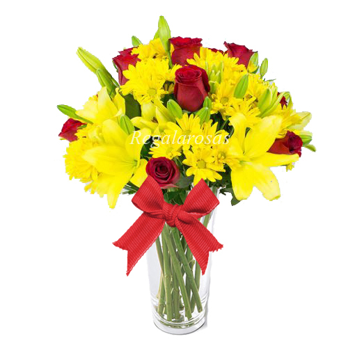florero rosas maules y liliums