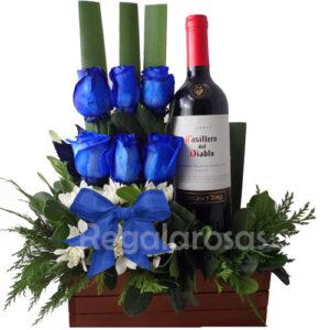 Regala Rosas azules y vino para ellos a domicilio en santiago