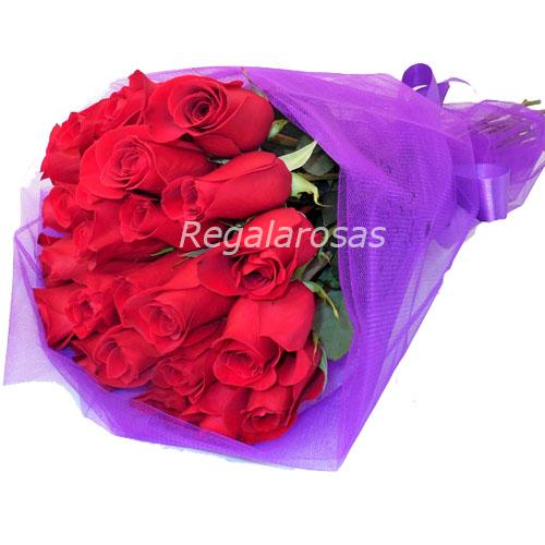 ramo circular con 25 rosas rojas a domicilio en santiago