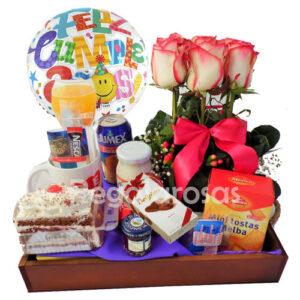 Desayuno con torta y rosas a domicilio en santiago