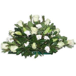 Cojin de rosas blancas maules liliums a domicilio ensantiago
