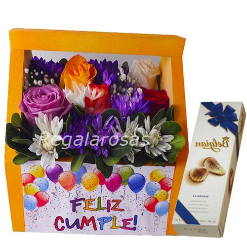 Arreglo primaveral de rosas maules chocolate cumpleaños a domicilio en santiago