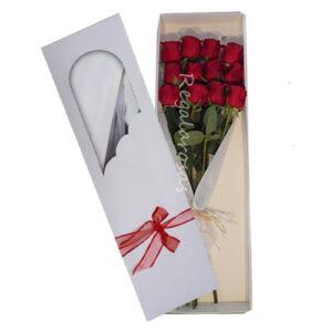 caja con 12 rosas rojas a domicilio en santiago