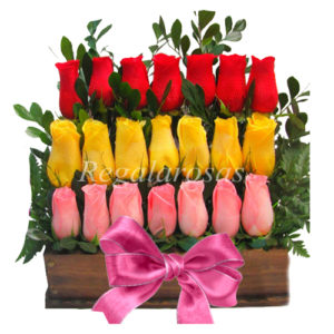 Arreglo Escala Rosas Rojas Amarillas y Rosadas Amor Regala Rosas a domicilio en santiago