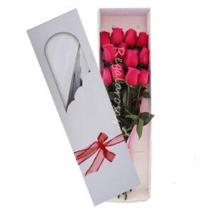 caja con 12 rosas rosadas a domicilio en santiago