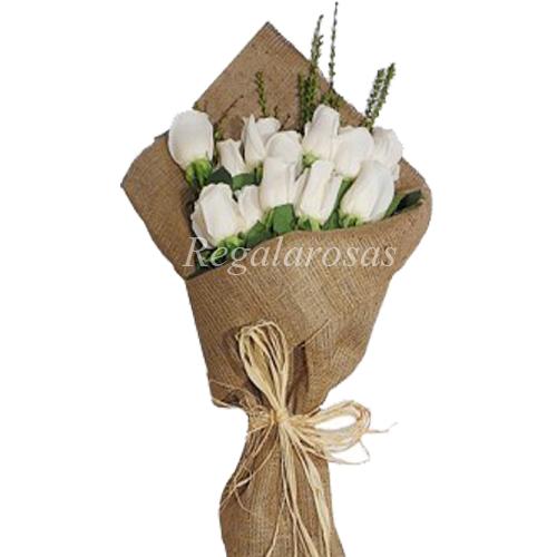 Ramo de Rosas Blancas a domicilio en santiago