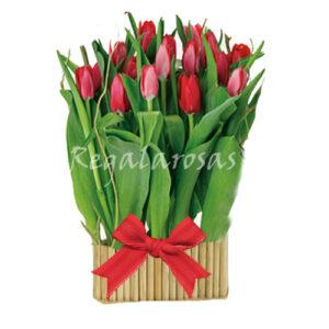 Arreglo Base madera con 20 Tulipanes a domicilio en santiago